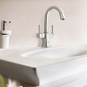 Grohe Grandera 2 handle basin mixer