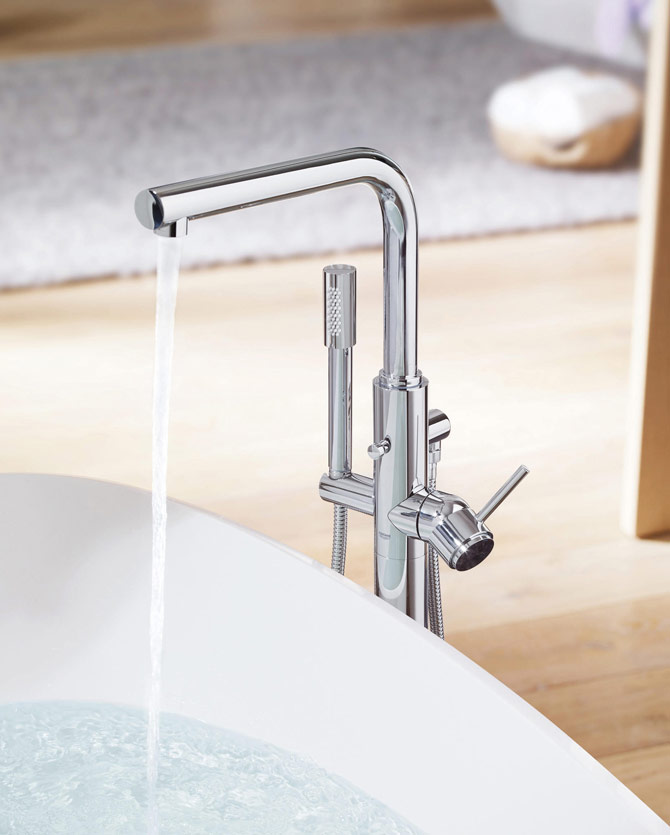 Product bath mixer taps