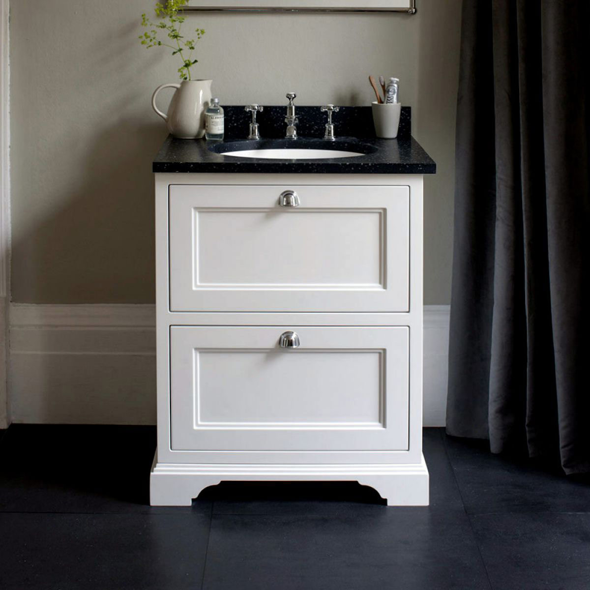 Burlington single vanity